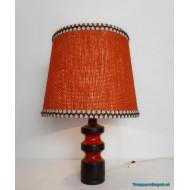 Ceramic table lamp orange