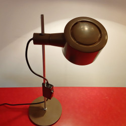 Conelight desk lamp