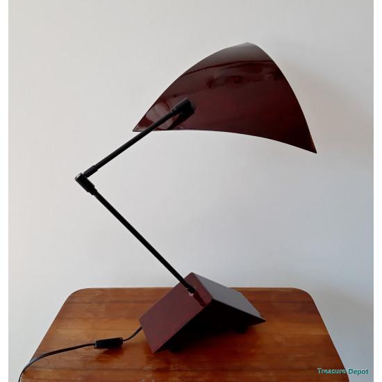 Queens Gallery desk lamp