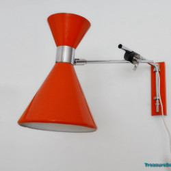 Herda Diabolo wall lamp
