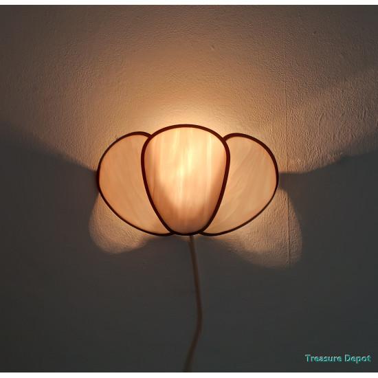 Handmade wall lamp