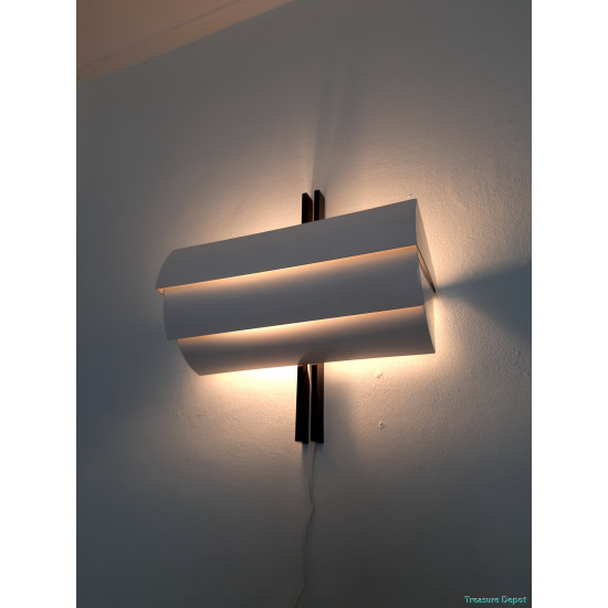 Artemide Stria wall lamp