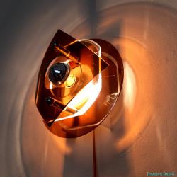 Plexiglass wall lamp