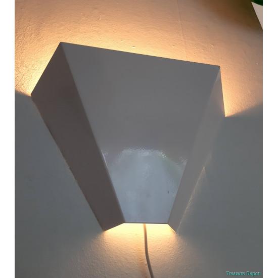 W.L.P. wall lamp set