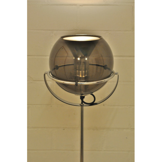 Raak Globe floor light