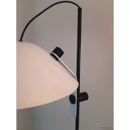 Black & white floor lamp