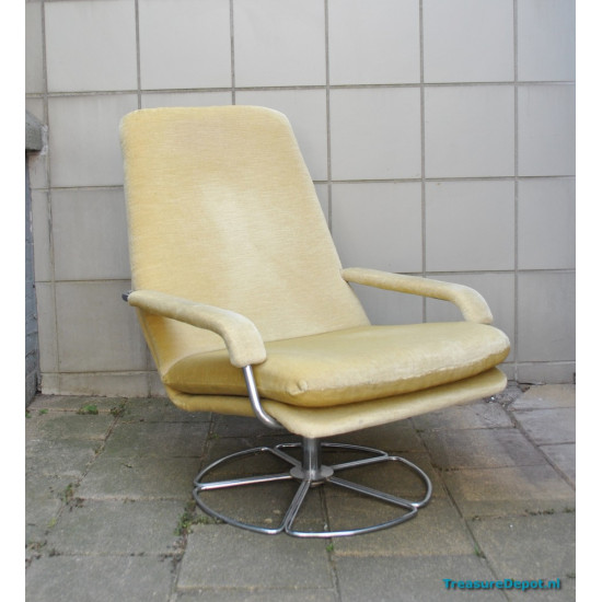 Jan Des Bouvrie for Gelderland lounge chair