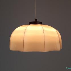 Glass creme hanging lamp