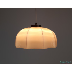 Glass creme hanging lamp