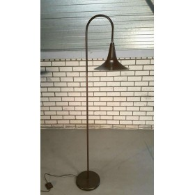 Brown floorlamp