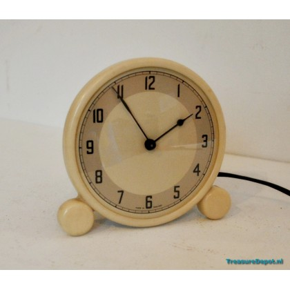 Metamec electric clock