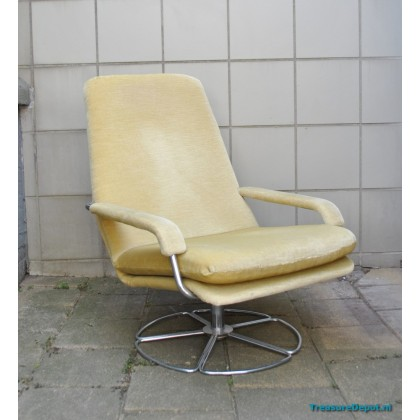 Jan Des Bouvrie for Gelderland lounge chair